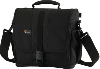 Lowepro Adventura 170 DSLR Shoulder Bag: Camera Bag