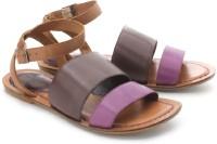 Clarks Surf Legend Flats: Sandal