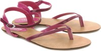 Carlton London Flats: Sandal