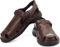 Clarks Venter Stride Casual Sandals: Sandal