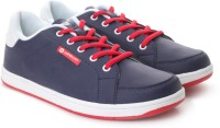 Airwalk Sneakers: Shoe