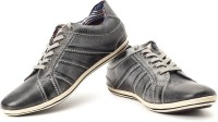 Lee Cooper Sneakers: Shoe