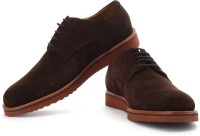 Clarks Freely Turn Corporate Casuals: Shoe