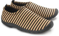 Gliders Leniar Walking Shoes: Shoe
