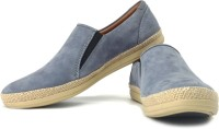 Clarks Mask Step Loafers: Shoe